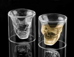 Разновидности стаканов в виде черепа: особенности