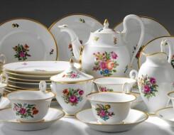 Как выбрать фаянсовую посуду для дома: особенности и преимущества