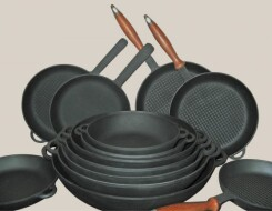 Что из чугунной посуды «Ситон» выбрать для кухни: сковороды и кастрюли