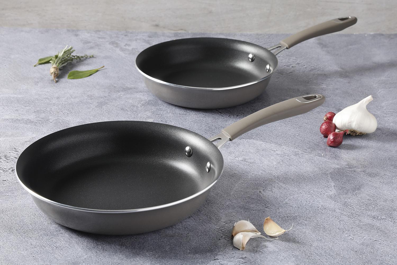 Сковороды с эмалированным покрытием