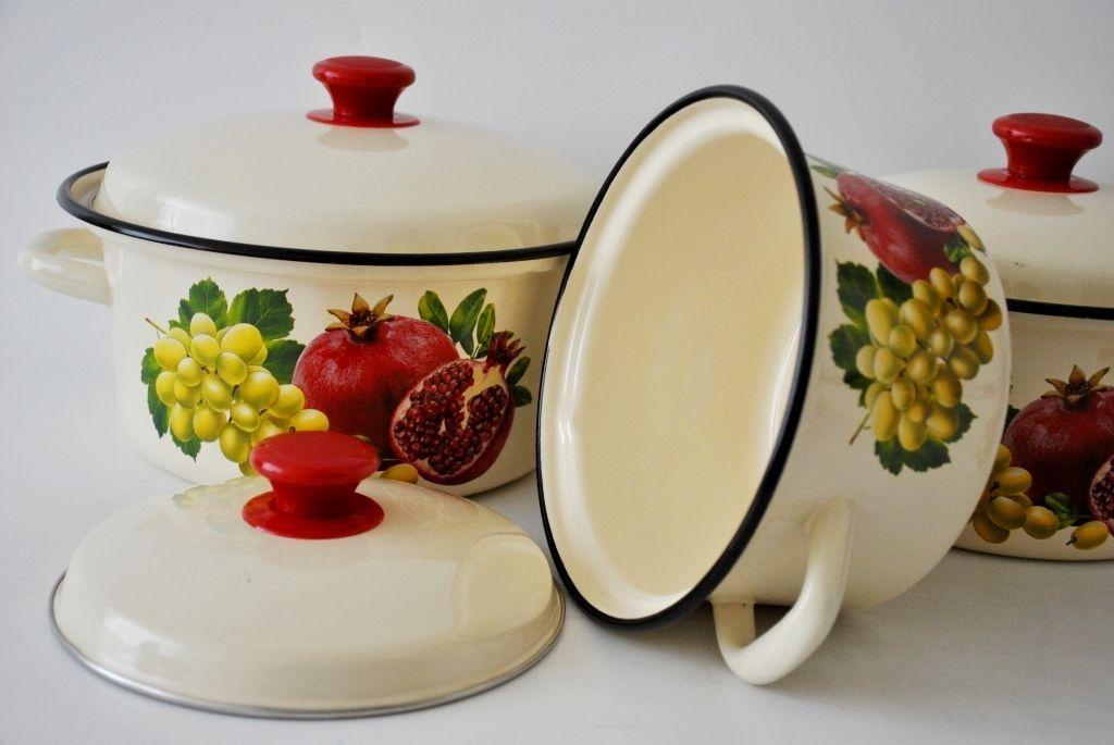 Нельзя использовать эмалированную посуду для варенья