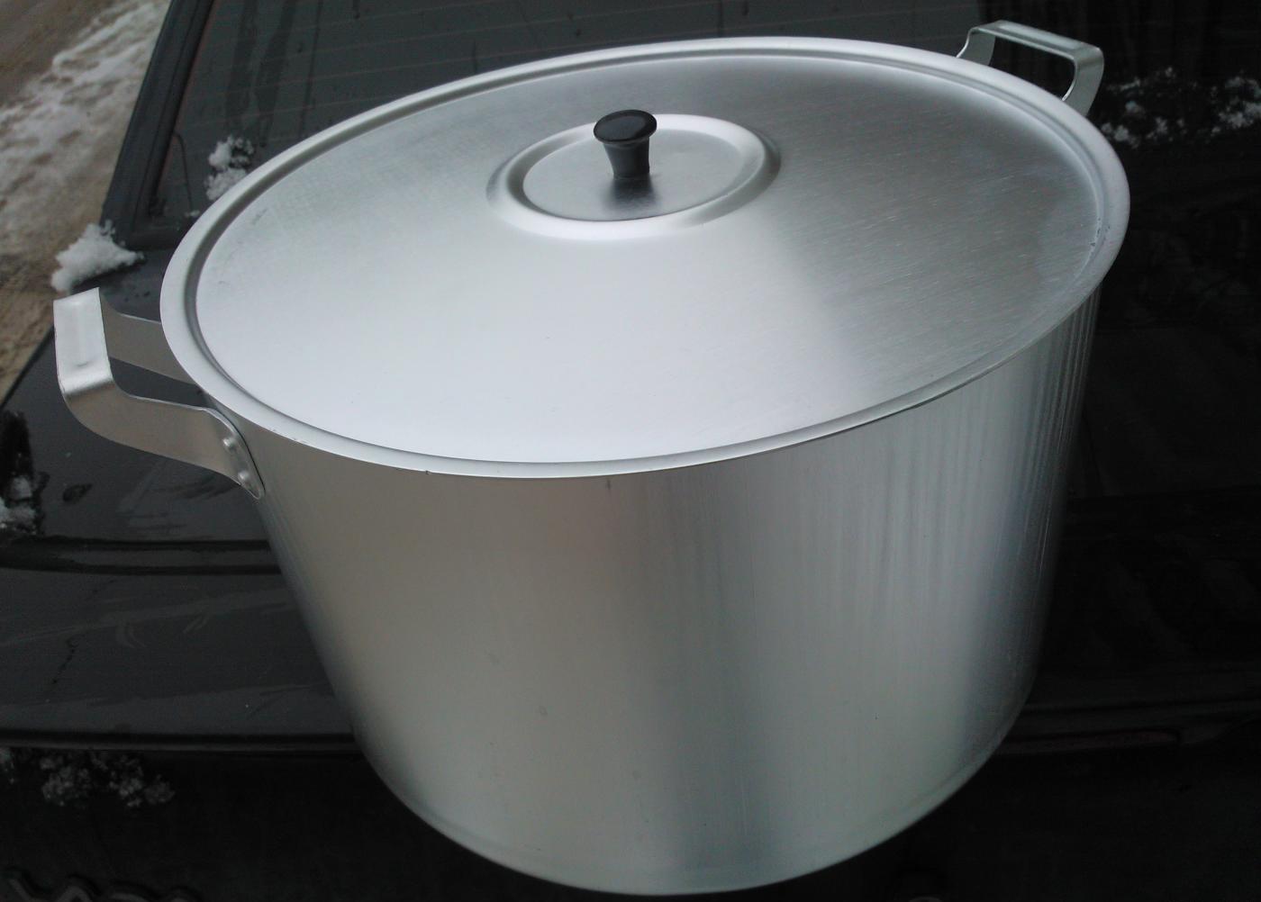 Алюминиевая кастрюля 15 литров