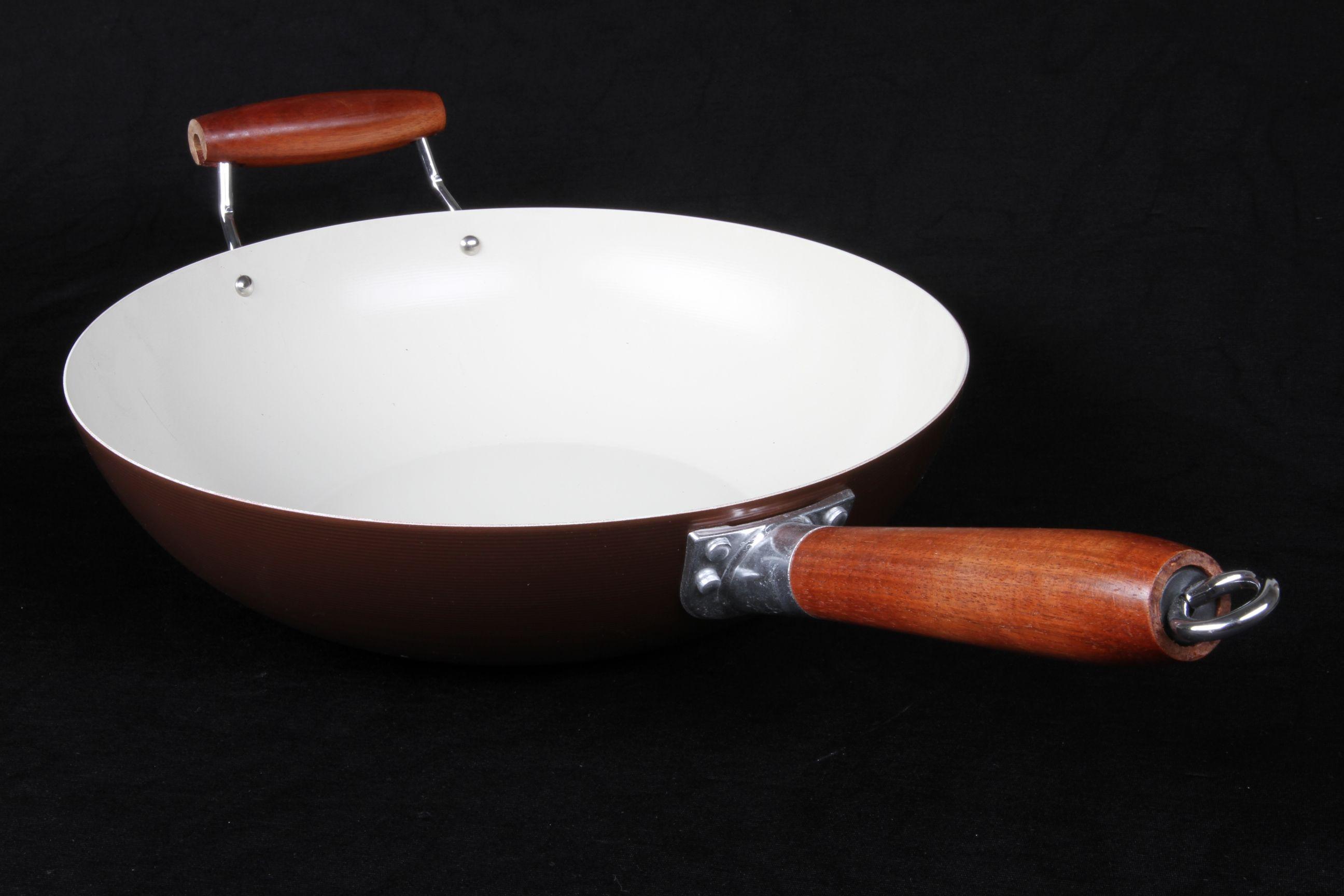 Фото сковороды вок из керамики