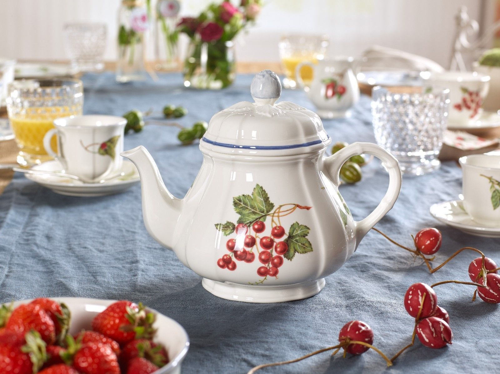 Заварочный чайник и чашки Villeroy&Boch