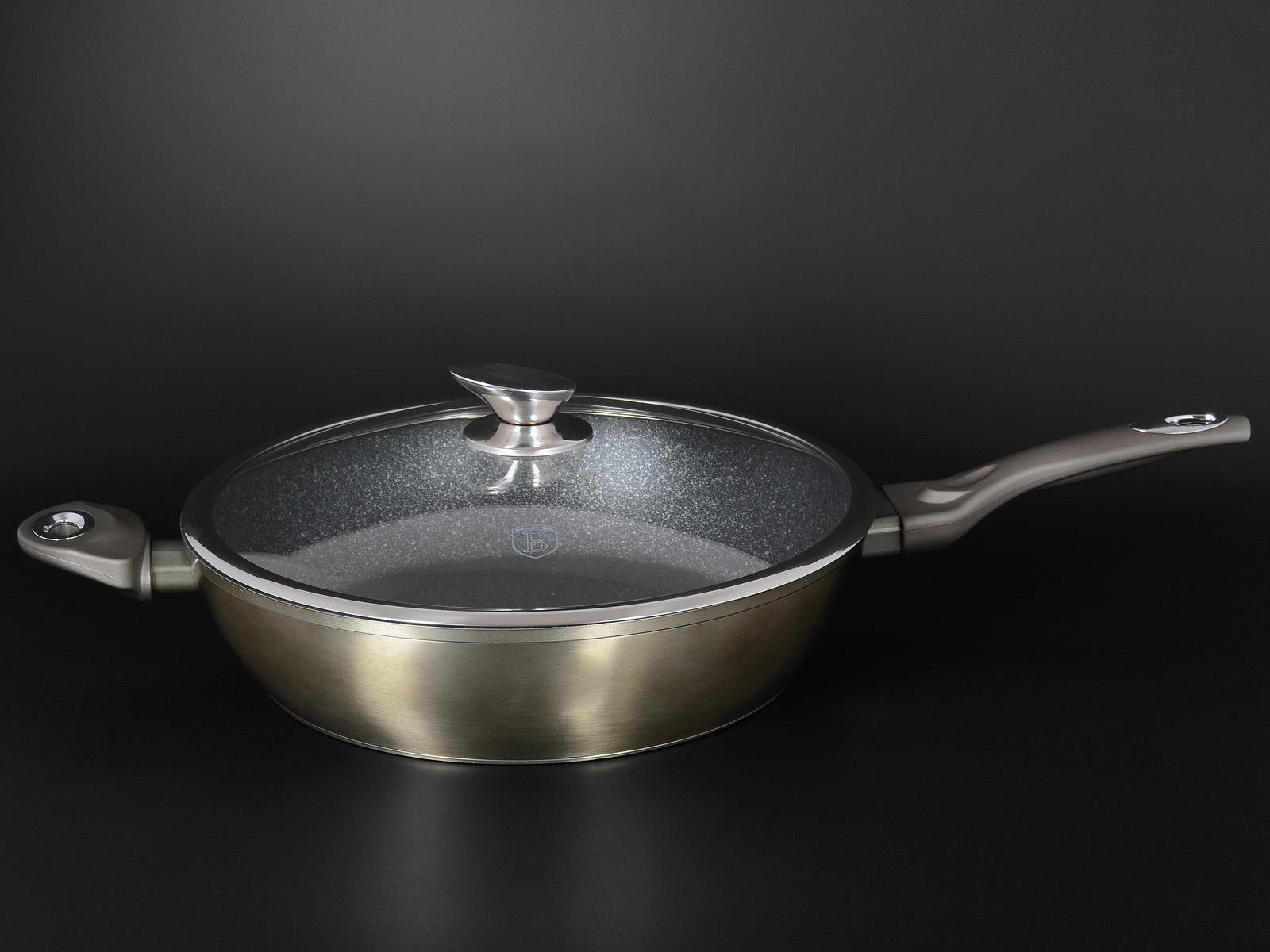Фото круглой сковороды с крышкой