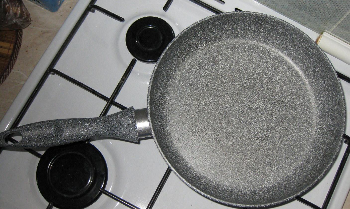 Сковорода мраморная