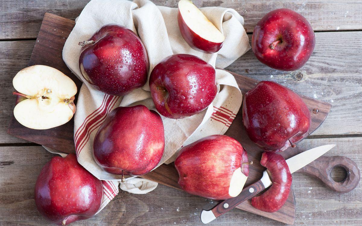 Свежая кожура яблок