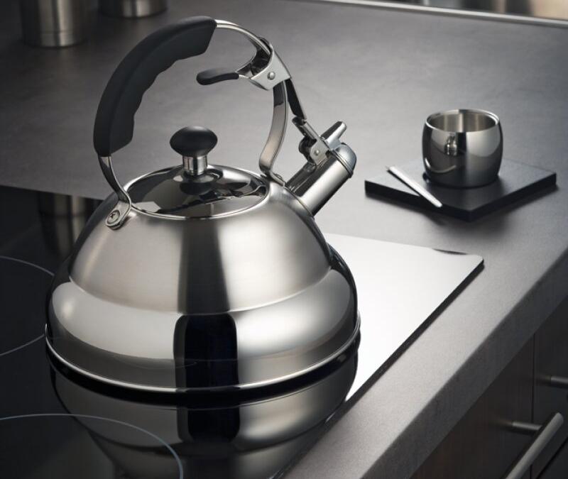 Чайник на электрической плите