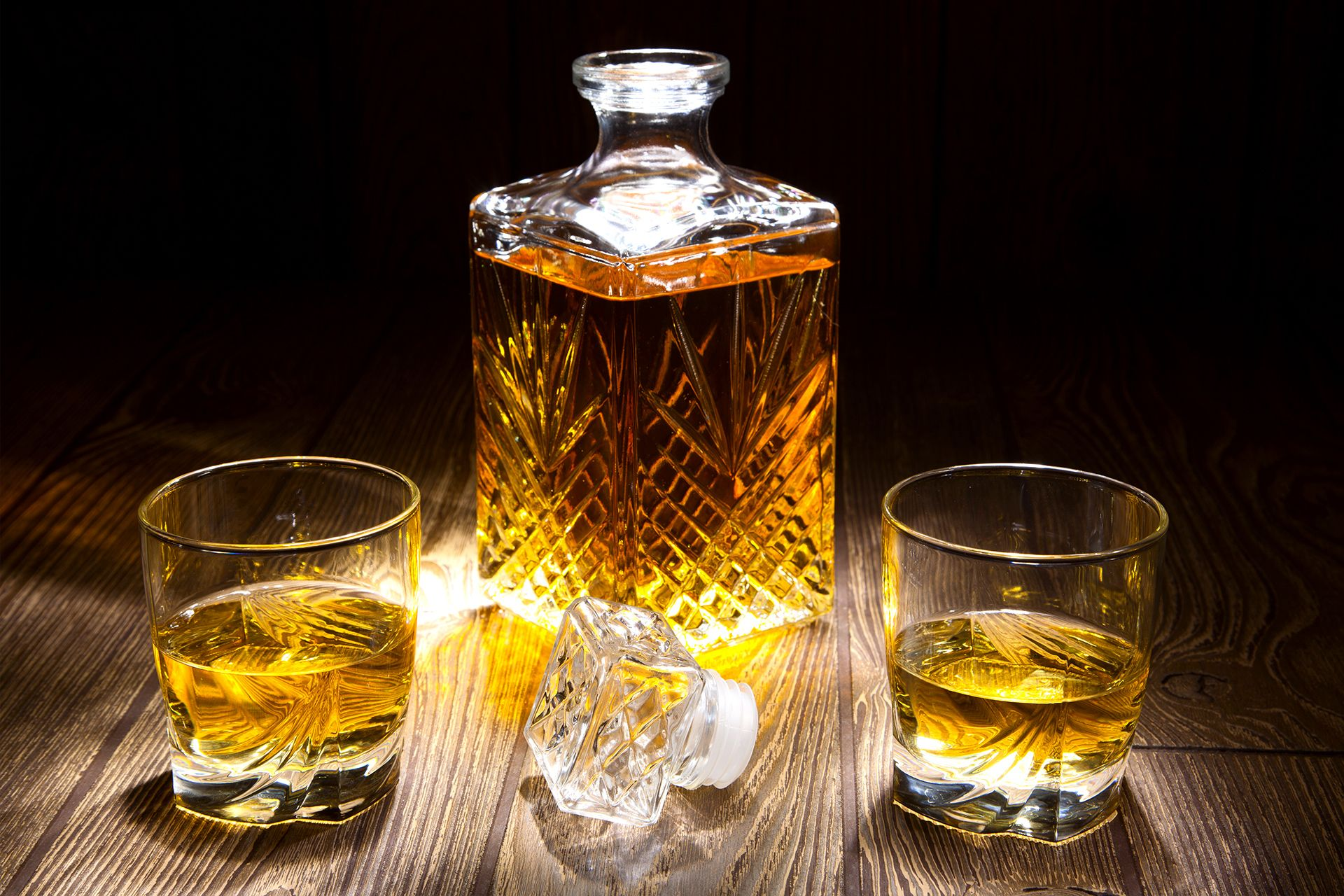 Фото графина с виски