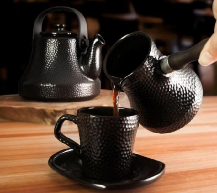 Ибрик с кофе