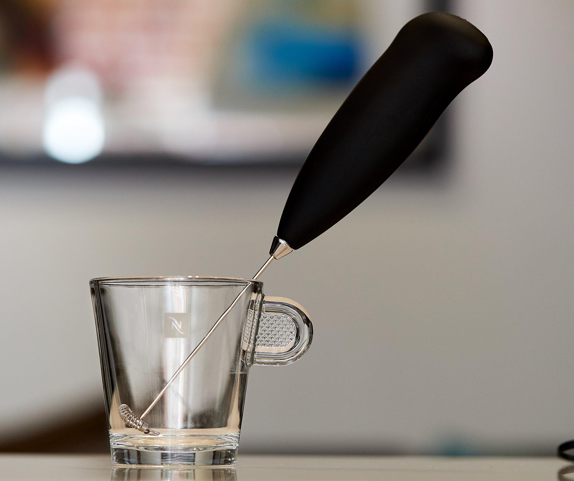 Капучинатор в чашке