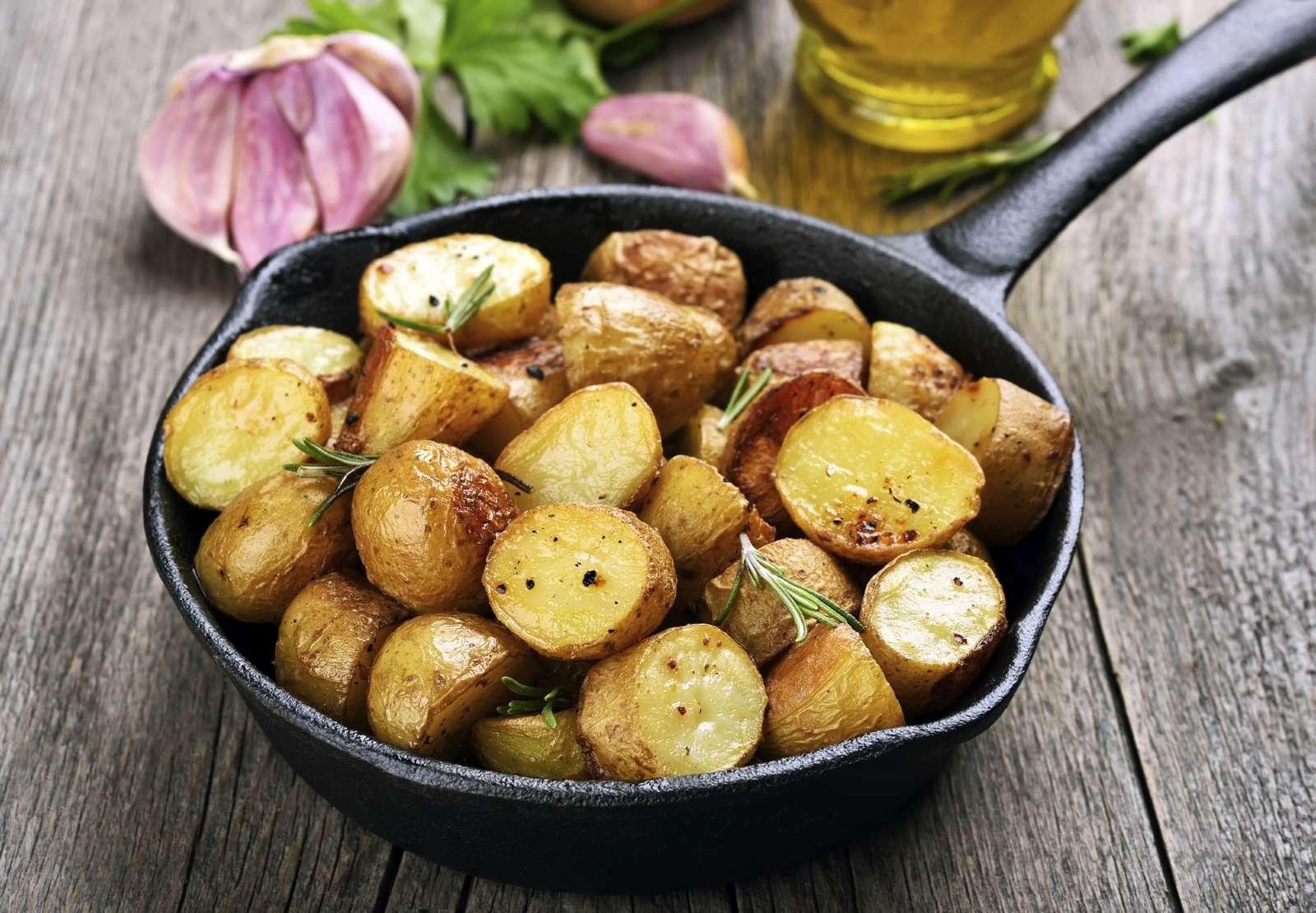 Картофель в сотейнике