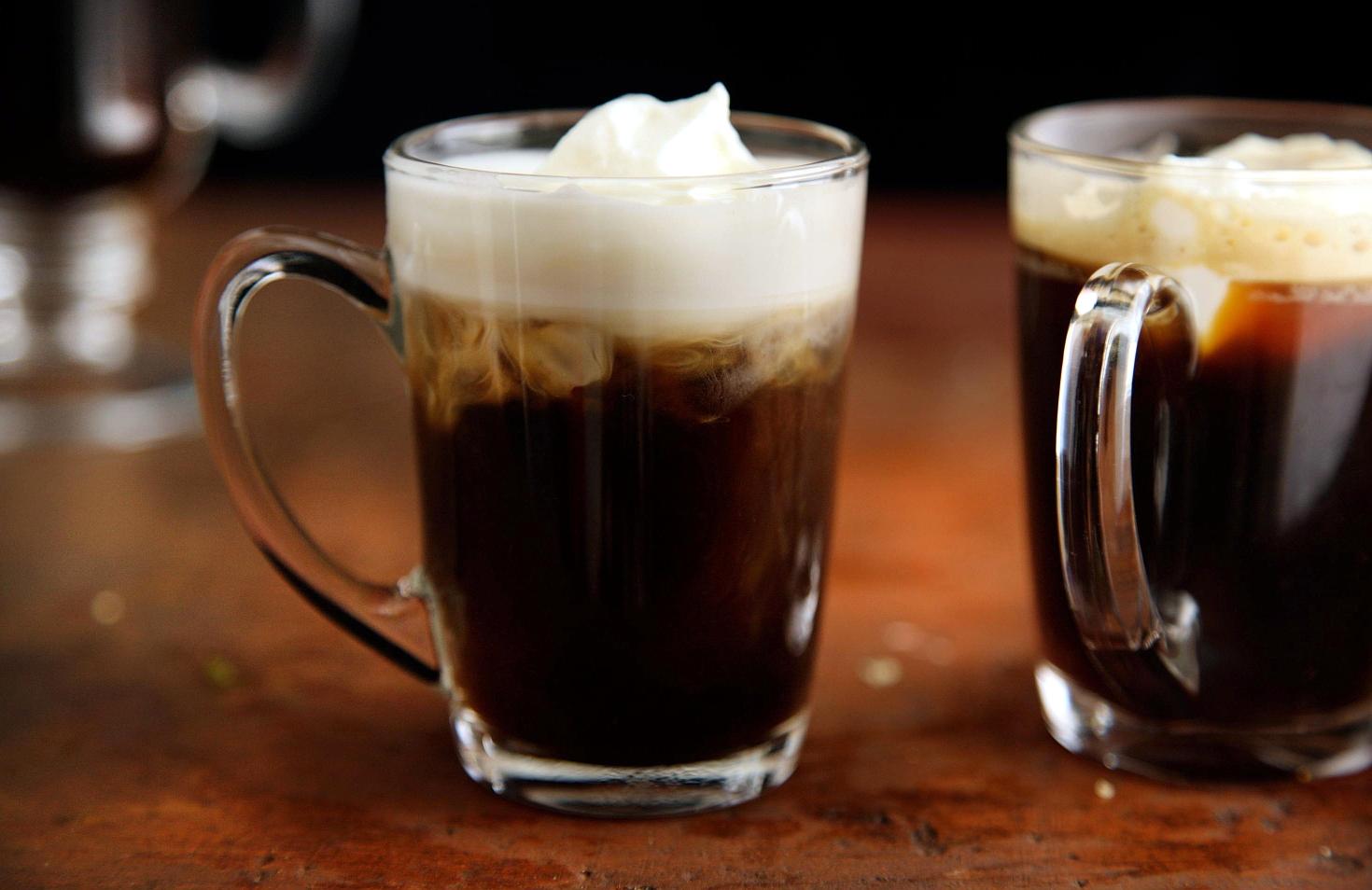 Кофе ирландский в бокале