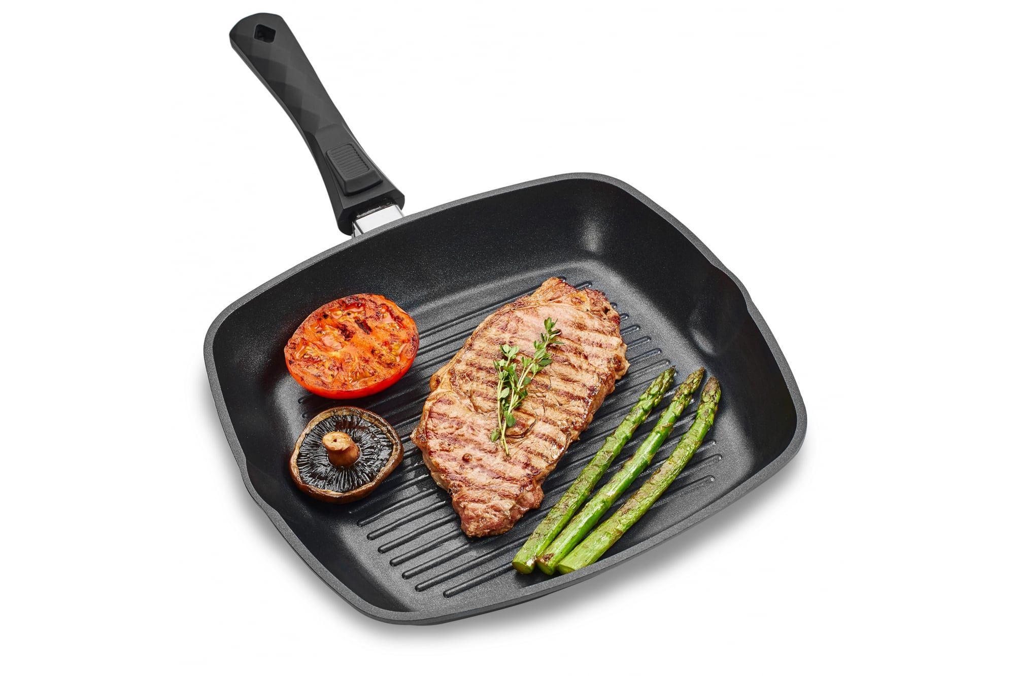 Сковорода гриль со стейком