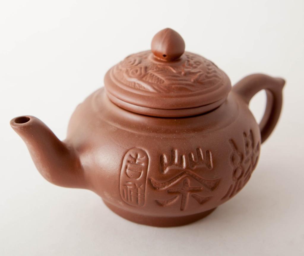 Терракотовый заварочный чайник