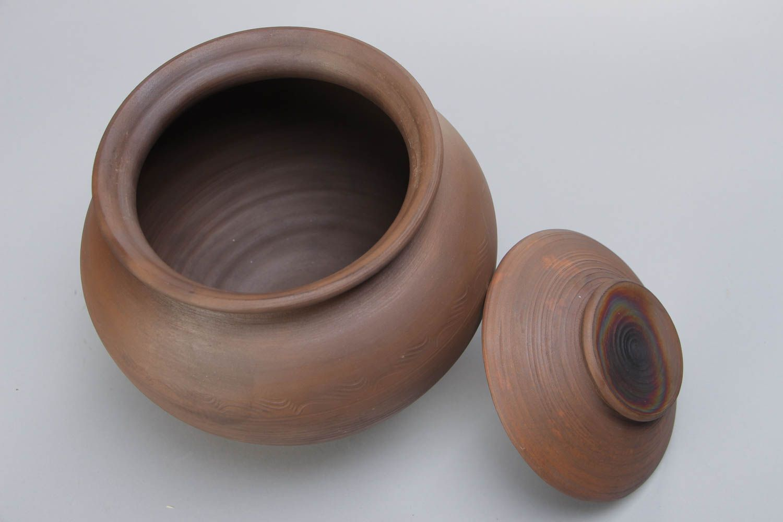 Фото глиняного горшка