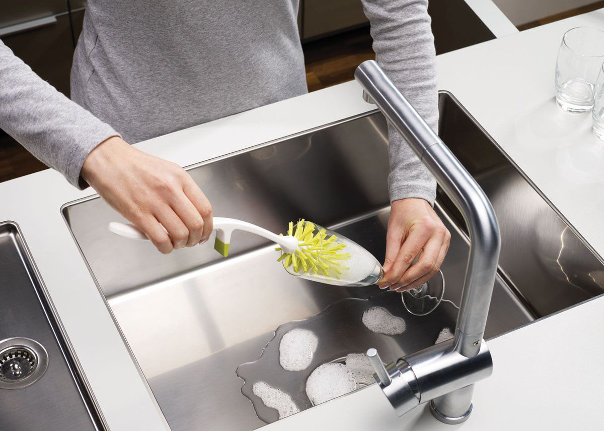 Мытье бокала