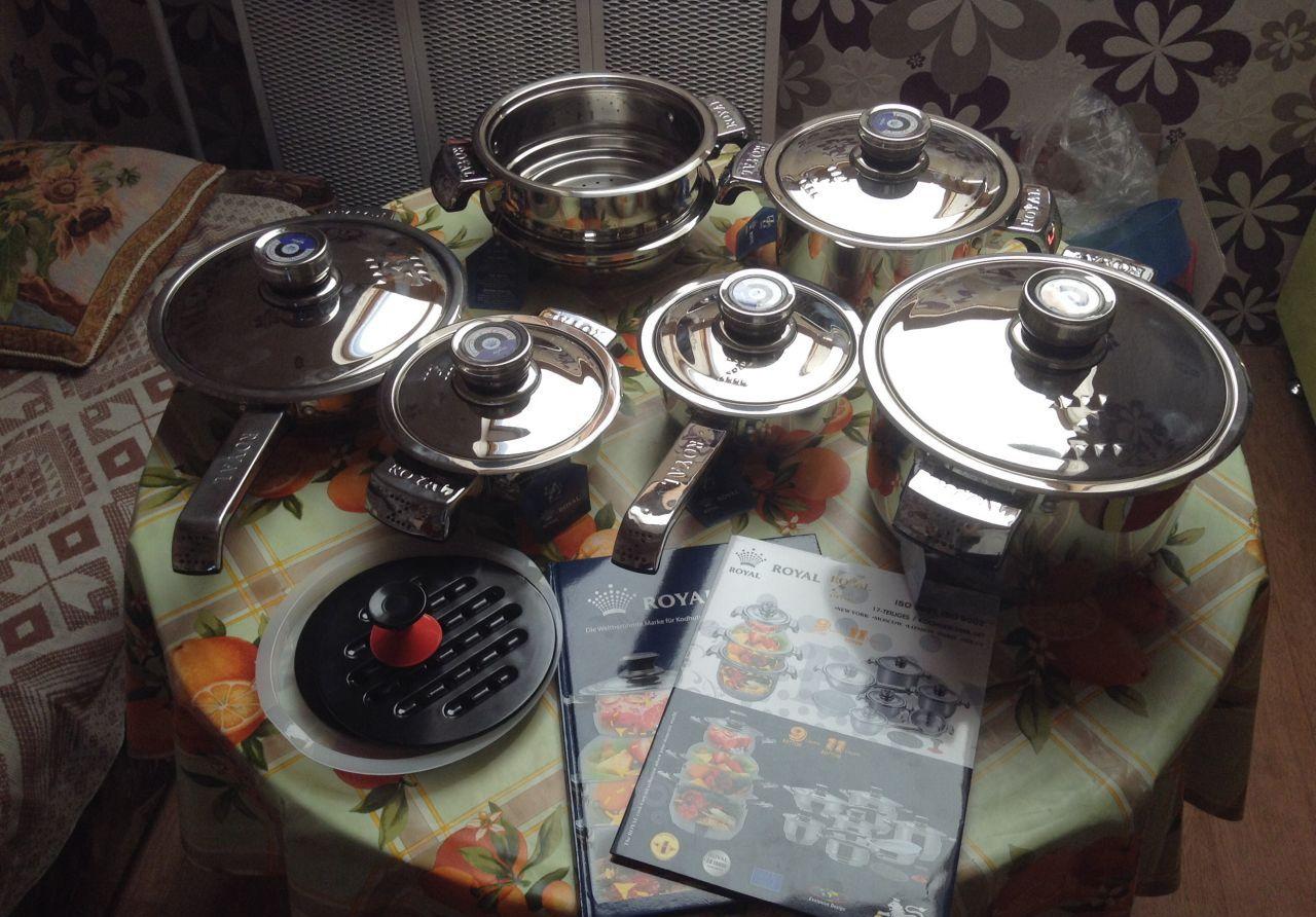 Посуда Роял на столе