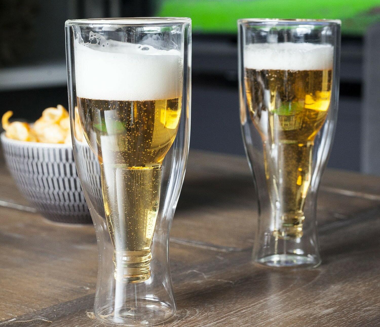 Бокалы с пивом