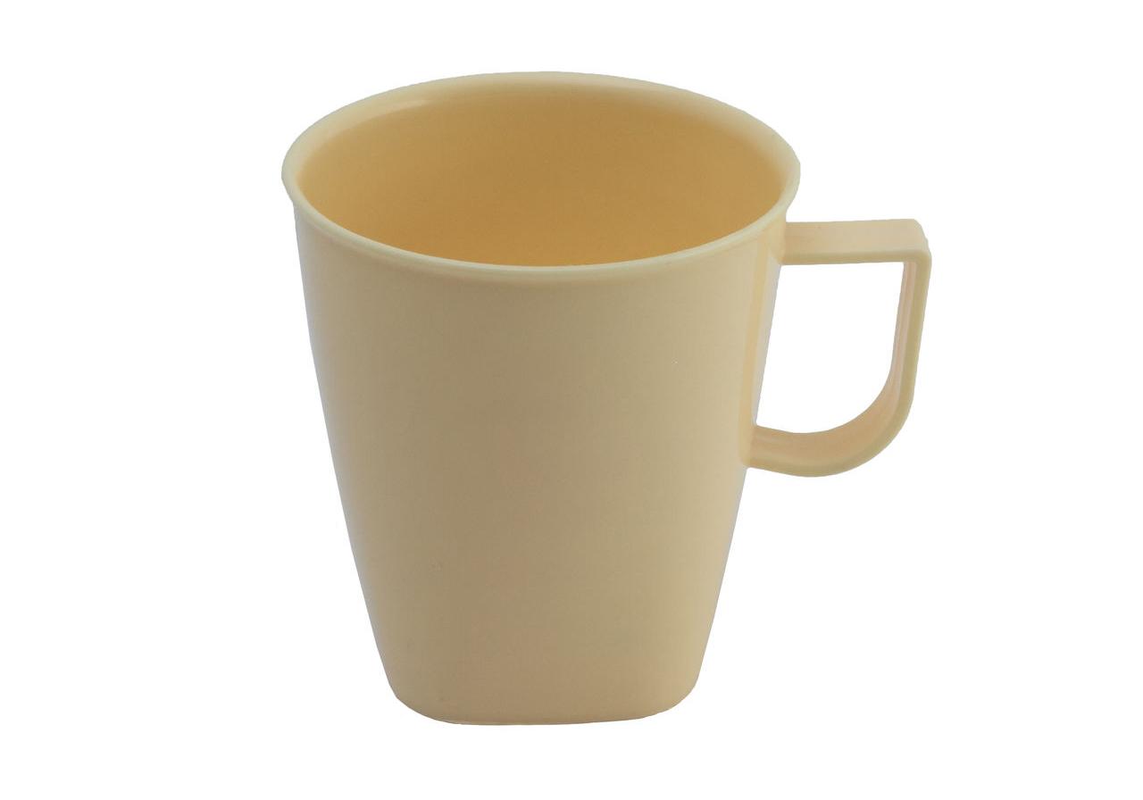 Фото пластиковой чашки