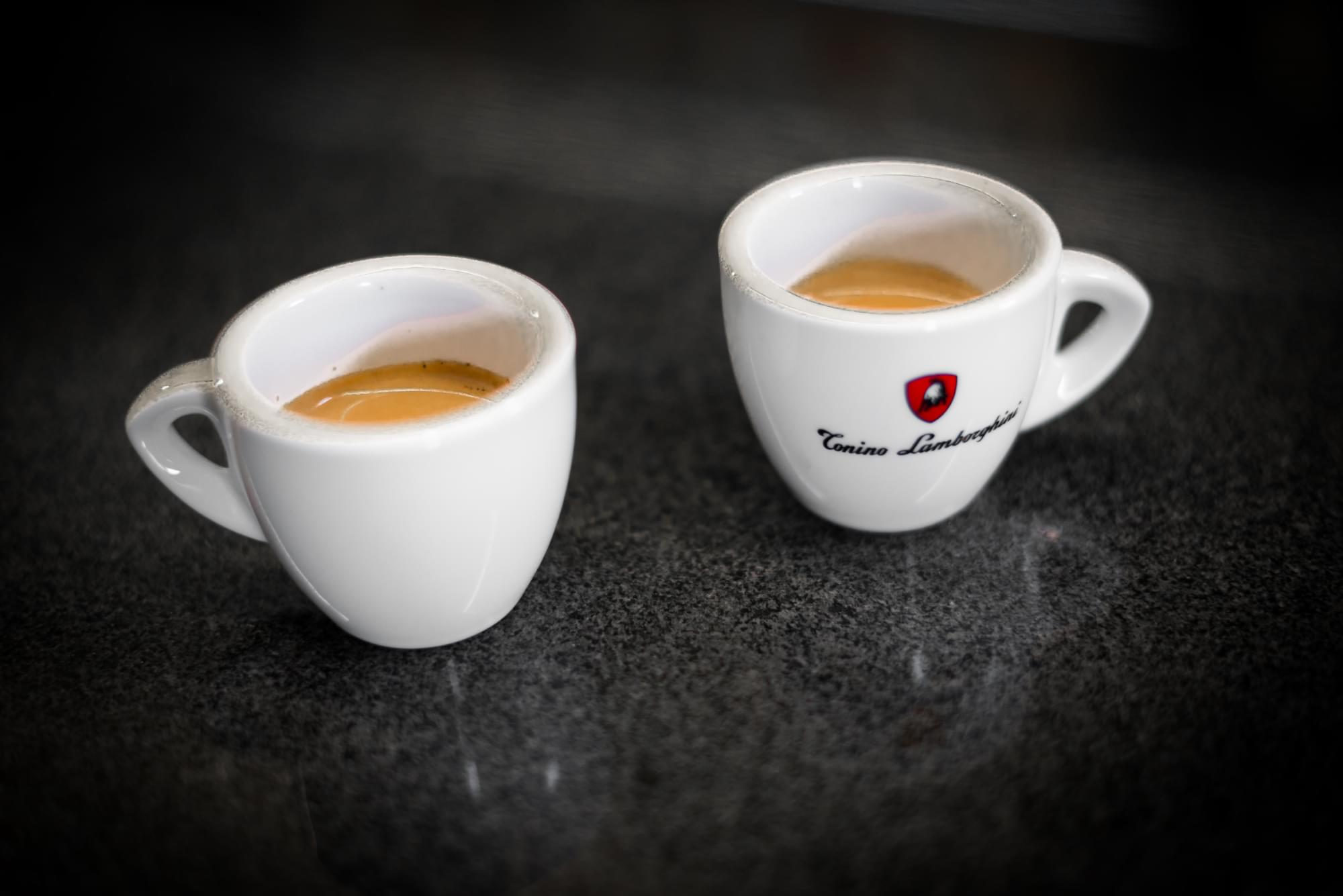 Эспрессо в чашках