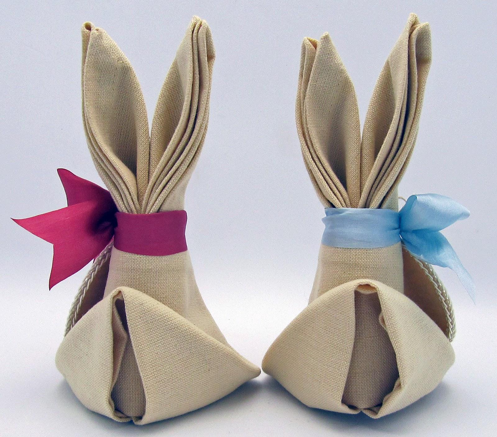 Кролики из тканевых салфеток
