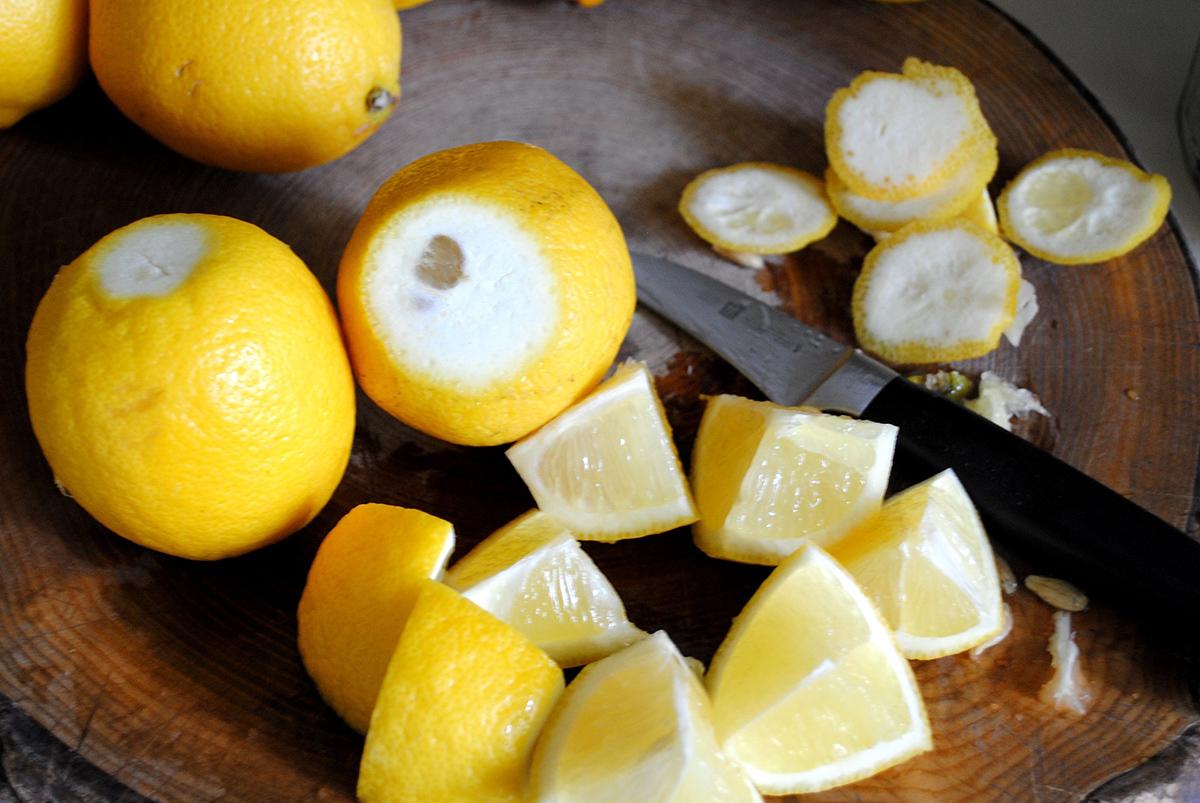 Кусочки лимонов