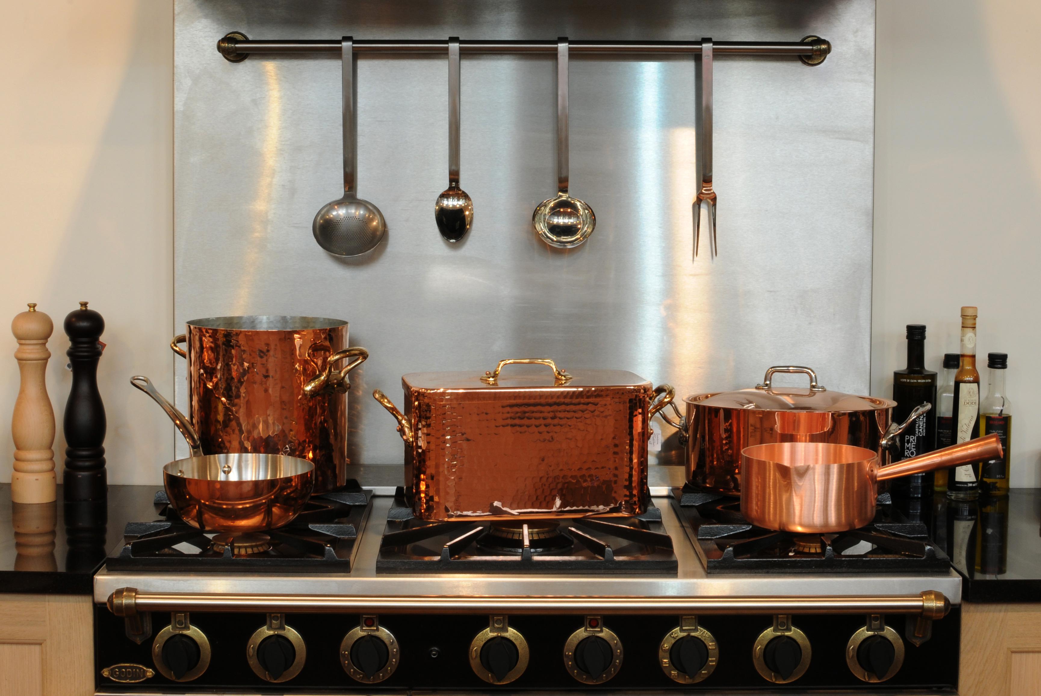 Фото медной посуды