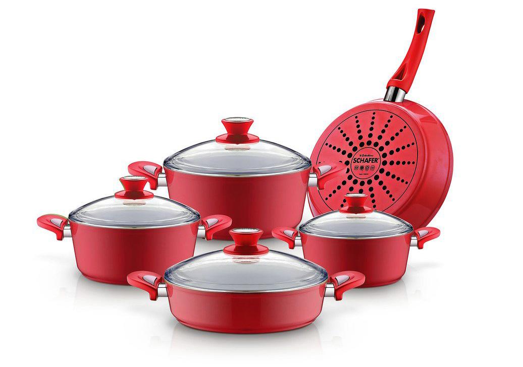 Фото красной алюминиевой посуды