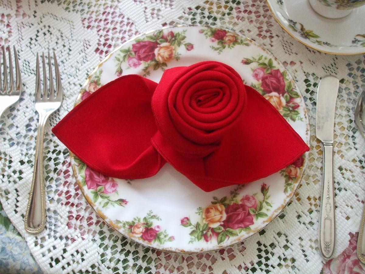 Фото розы из салфетки