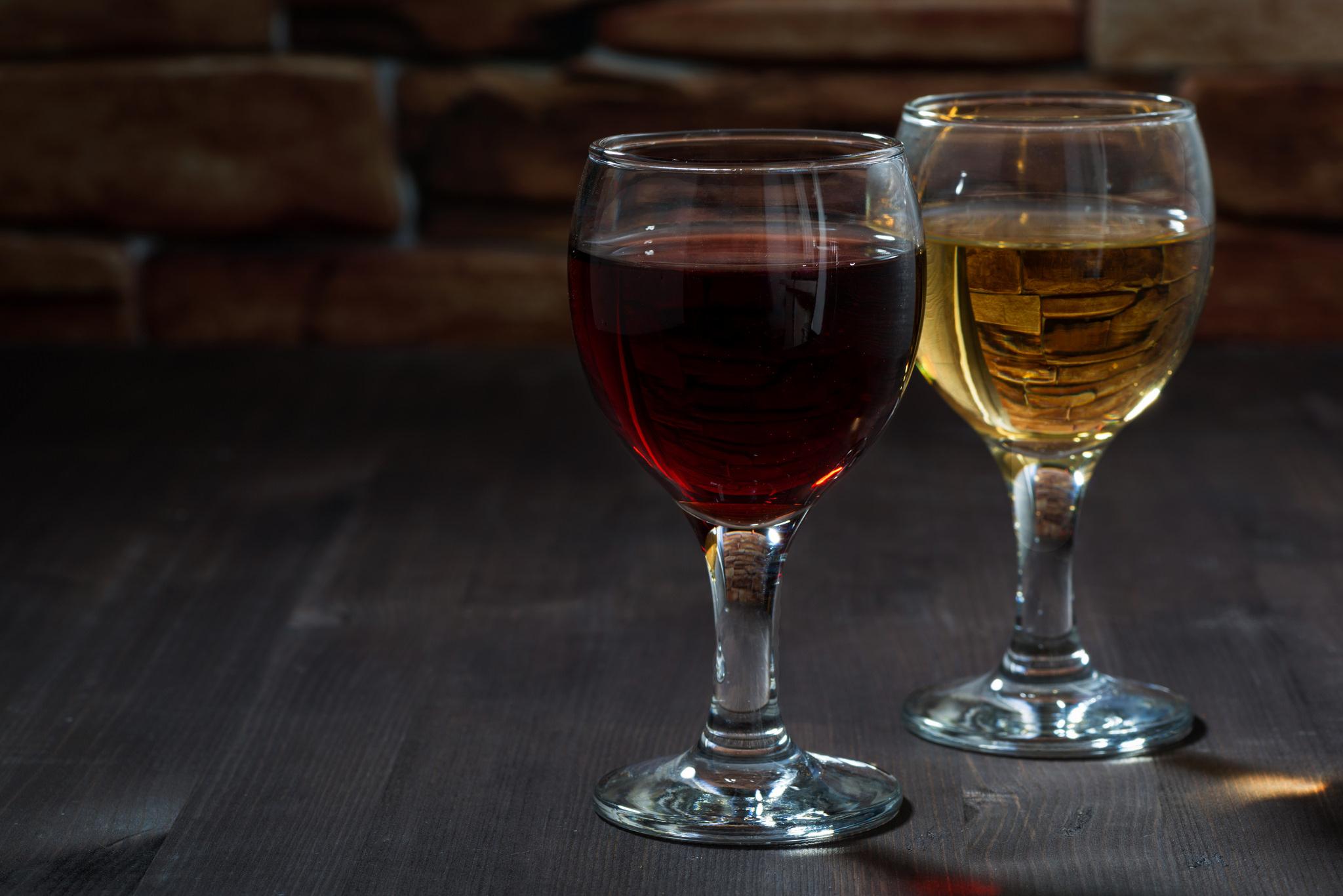 Рюмки с вином