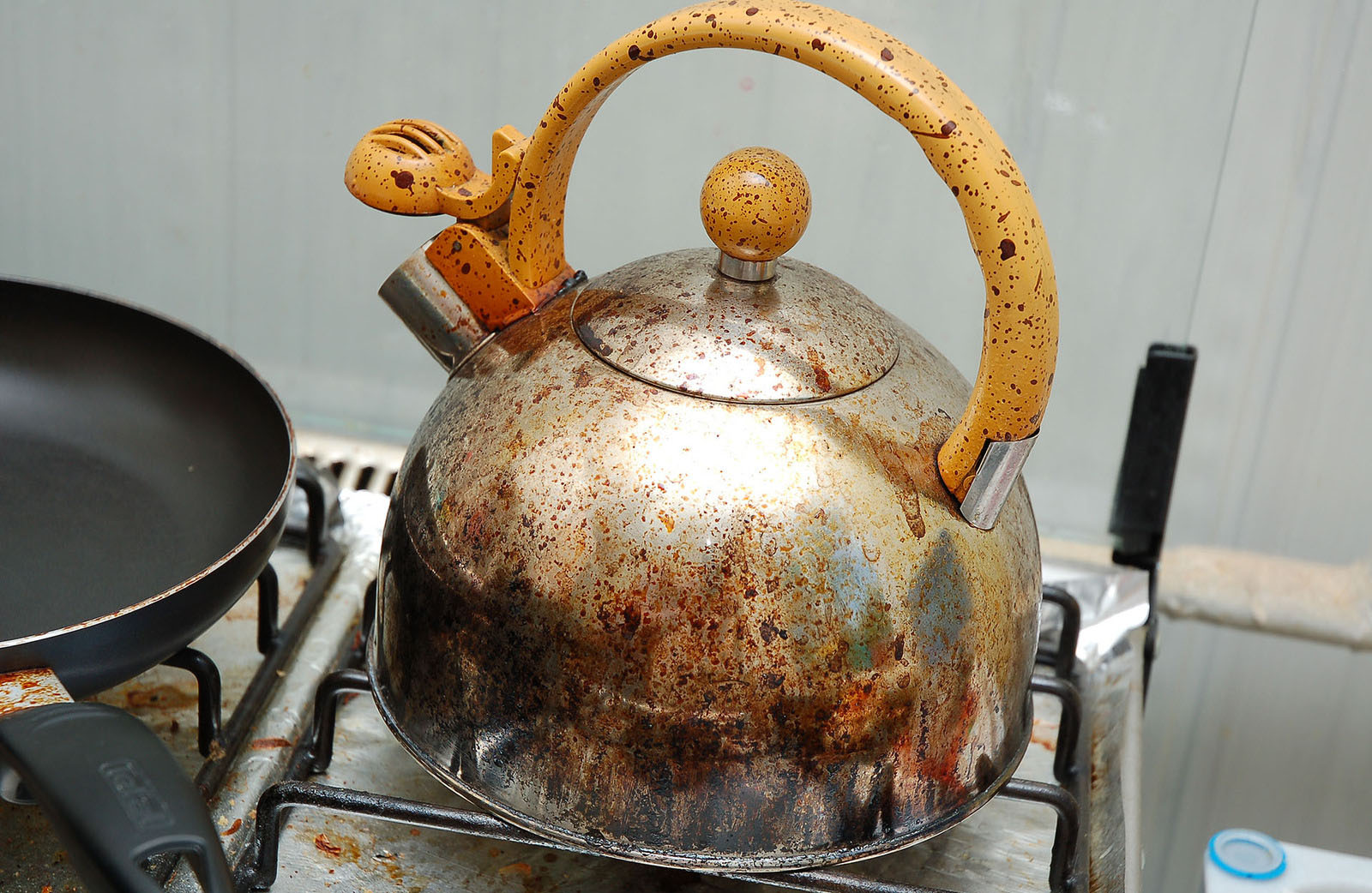 Сгоревший чайник