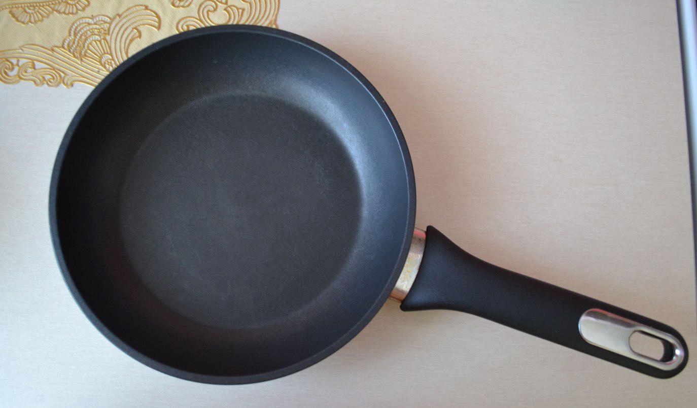 Фото сковороды Thomas