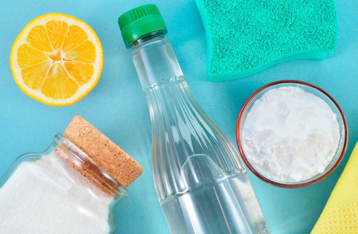 Сода, соль и уксус
