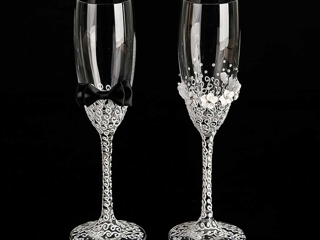 Свадебные бокалы в форме флейты