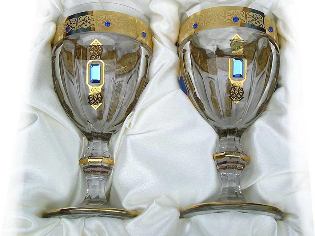 Свадебные бокалы в виде кубка