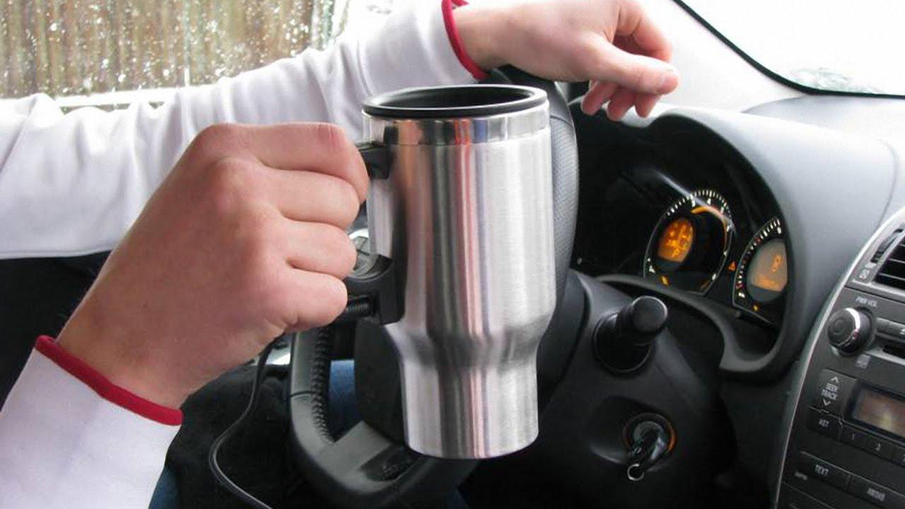 Фото термокружки в машине