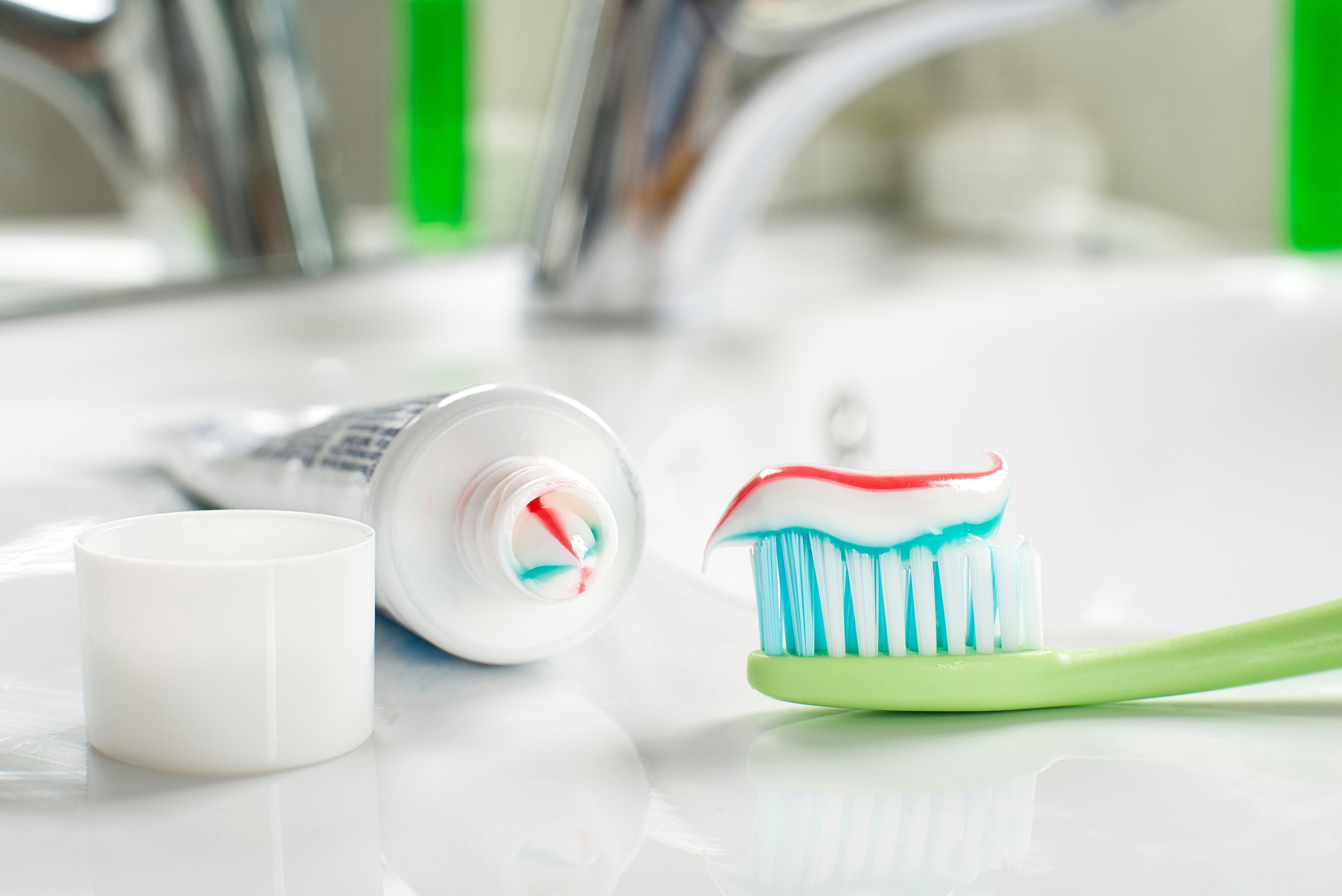 Фото зубной пасты