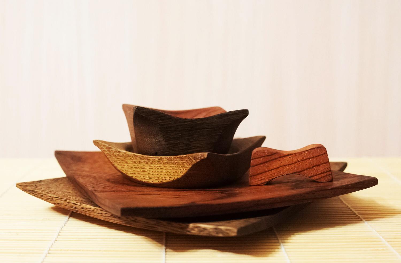 Деревянные квадратные тарелки