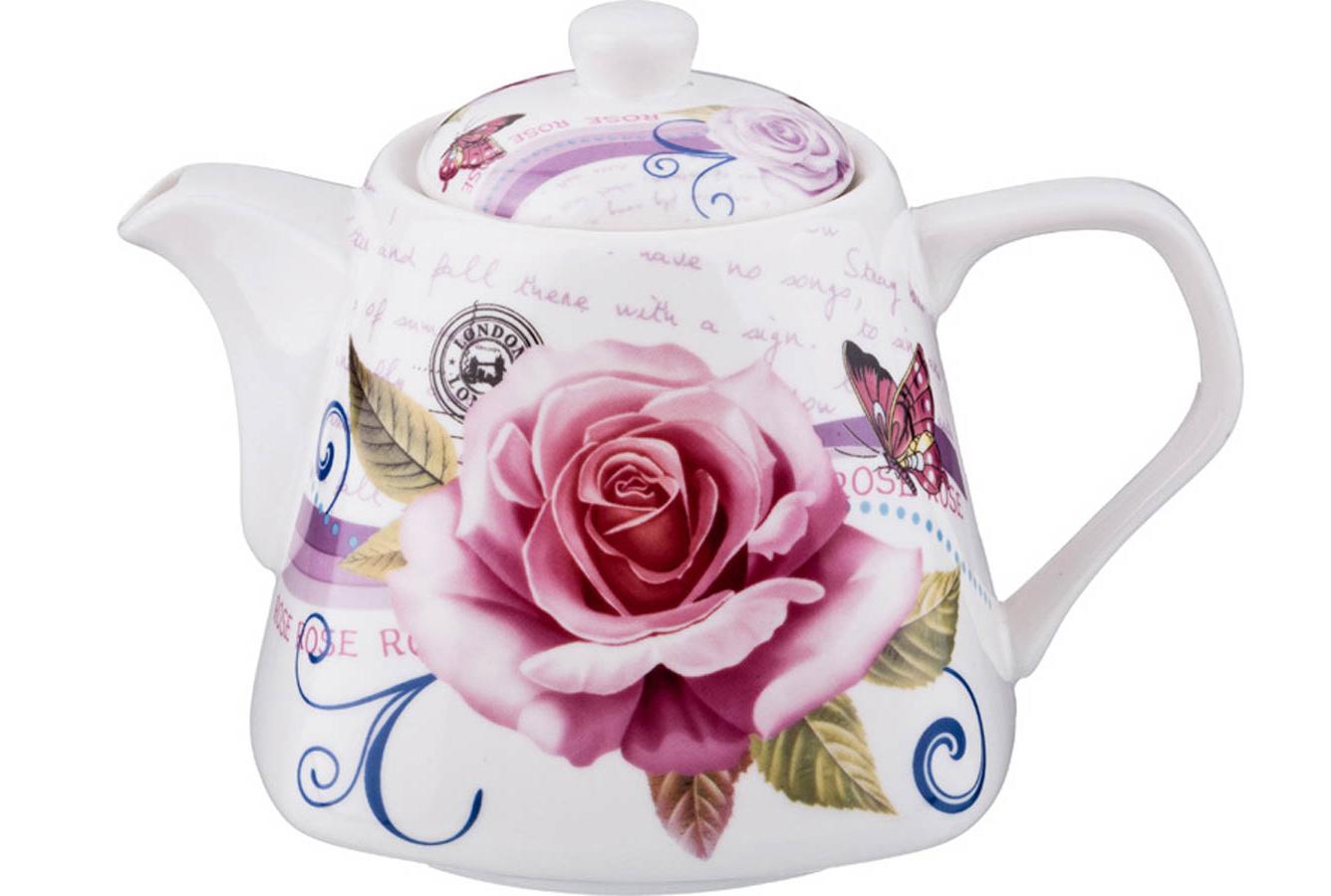 Фарфоровый чайник с цветами