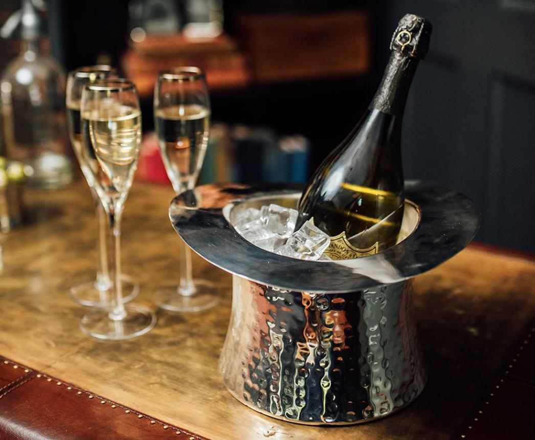 Фото шампанского в кулере