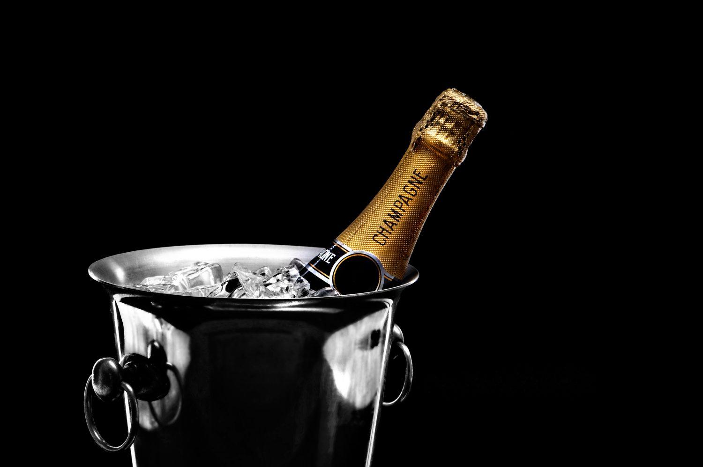 Шампанское в ведре