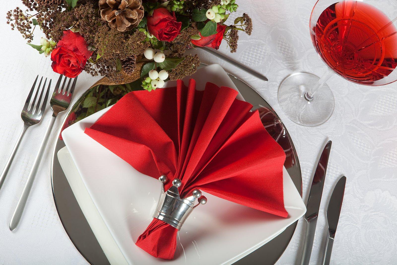 Фото салфетки на столе