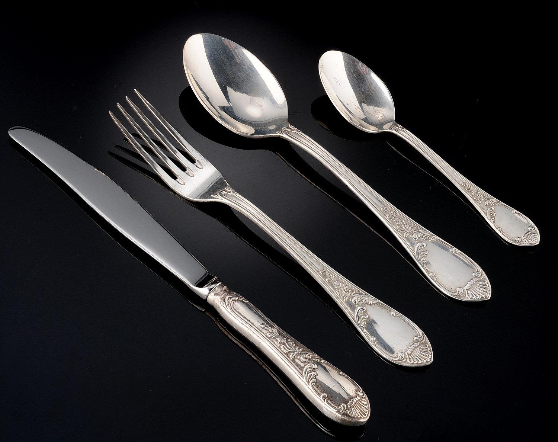 Фото столовых приборов из серебра