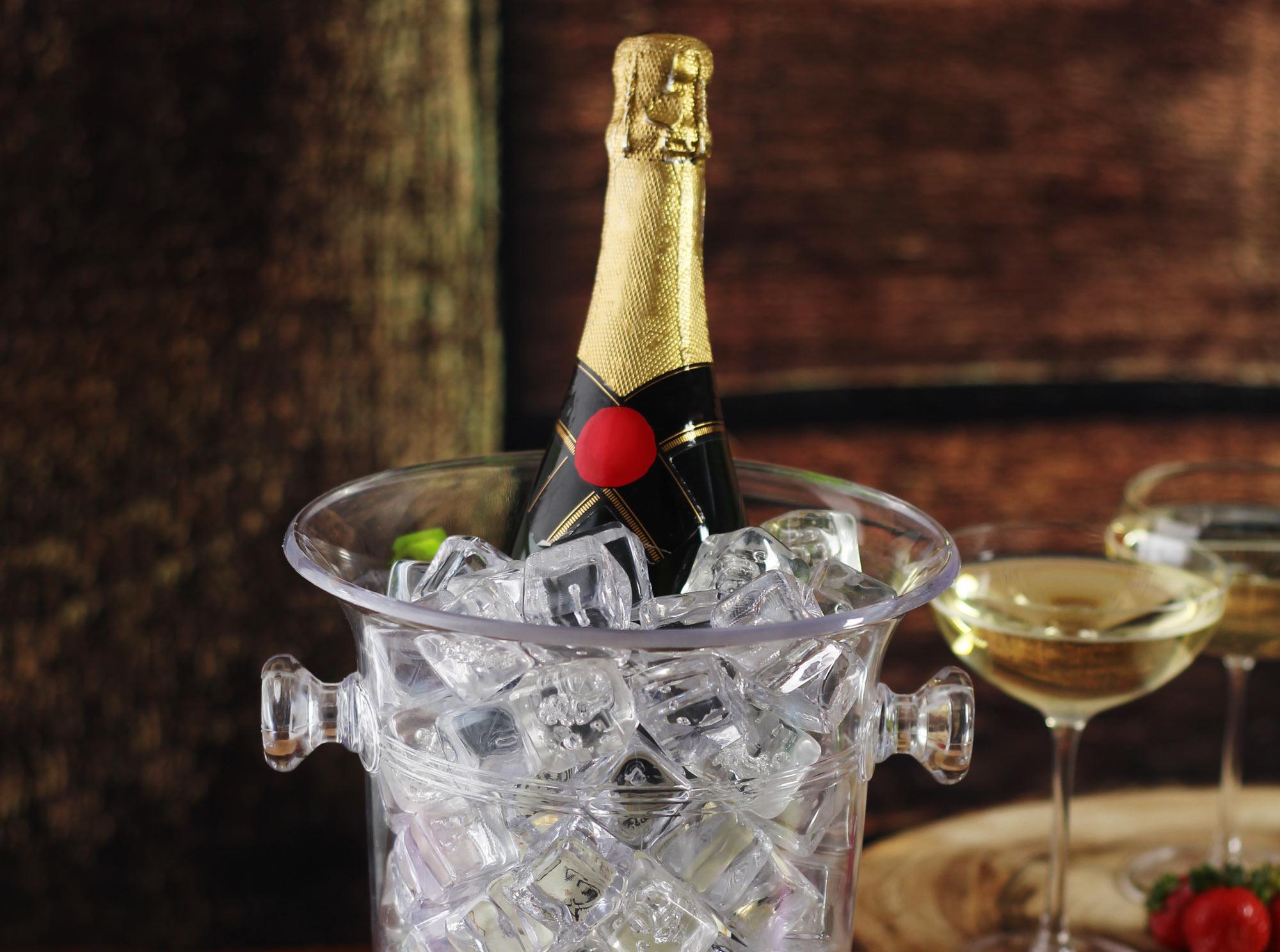 Фото ведра с шампанским