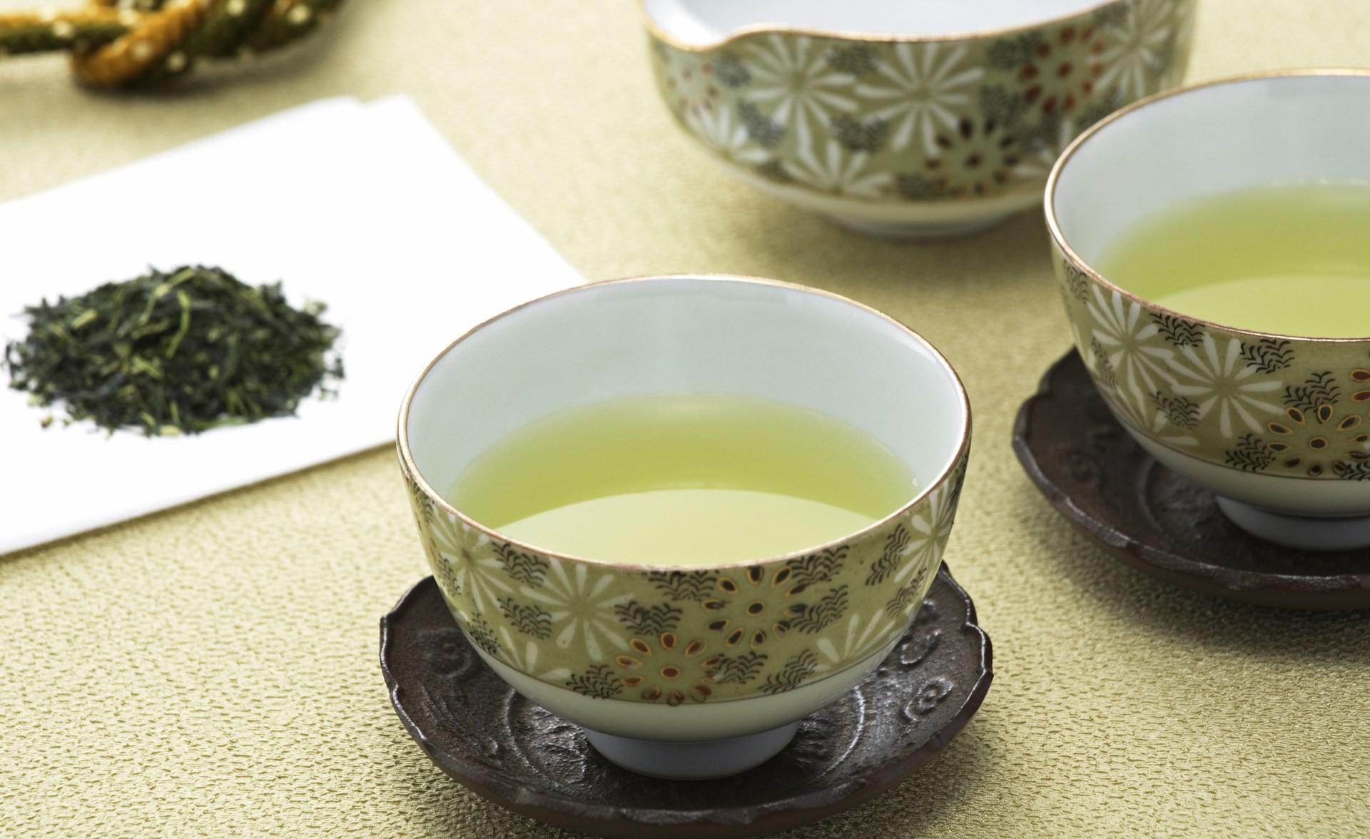 Японский чай в чашке