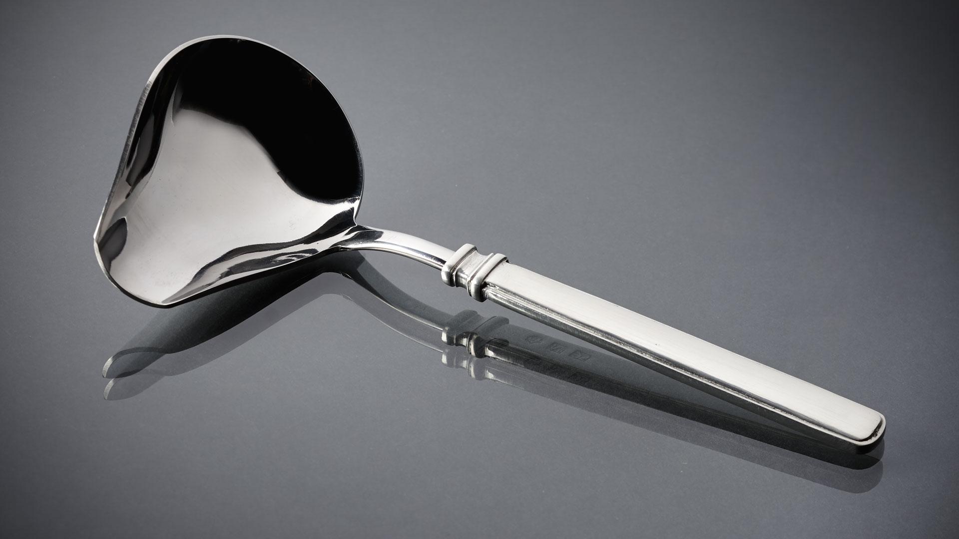 Фото ложки для соуса