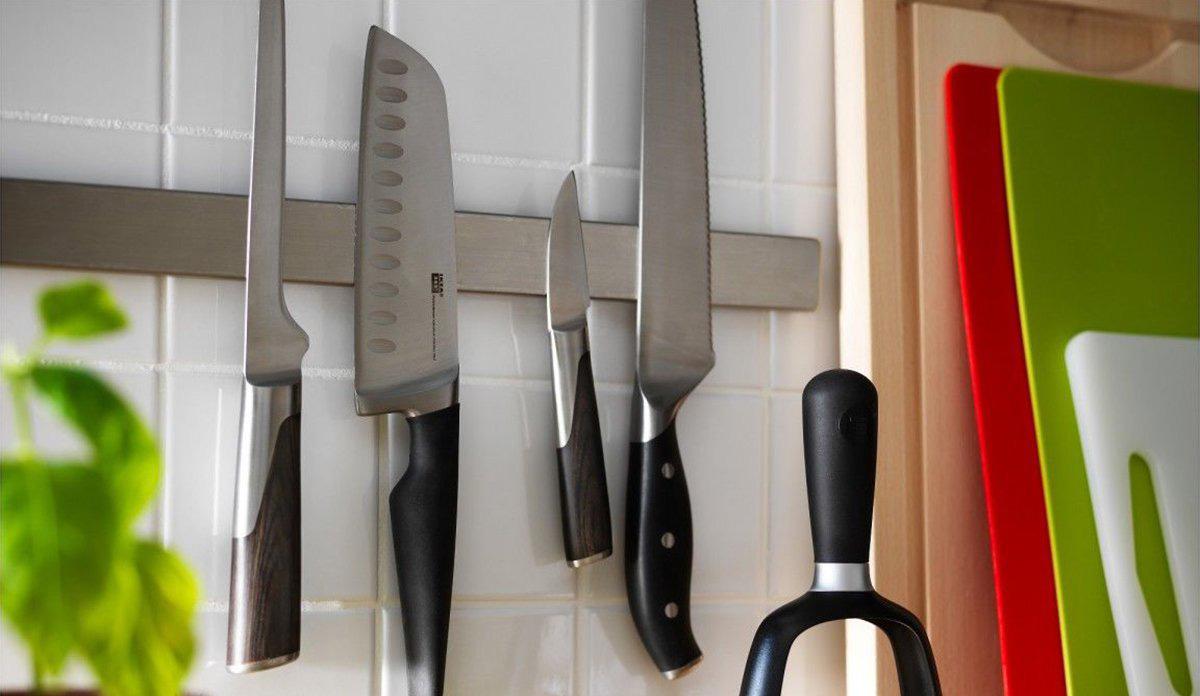 Фото магнита с ножами