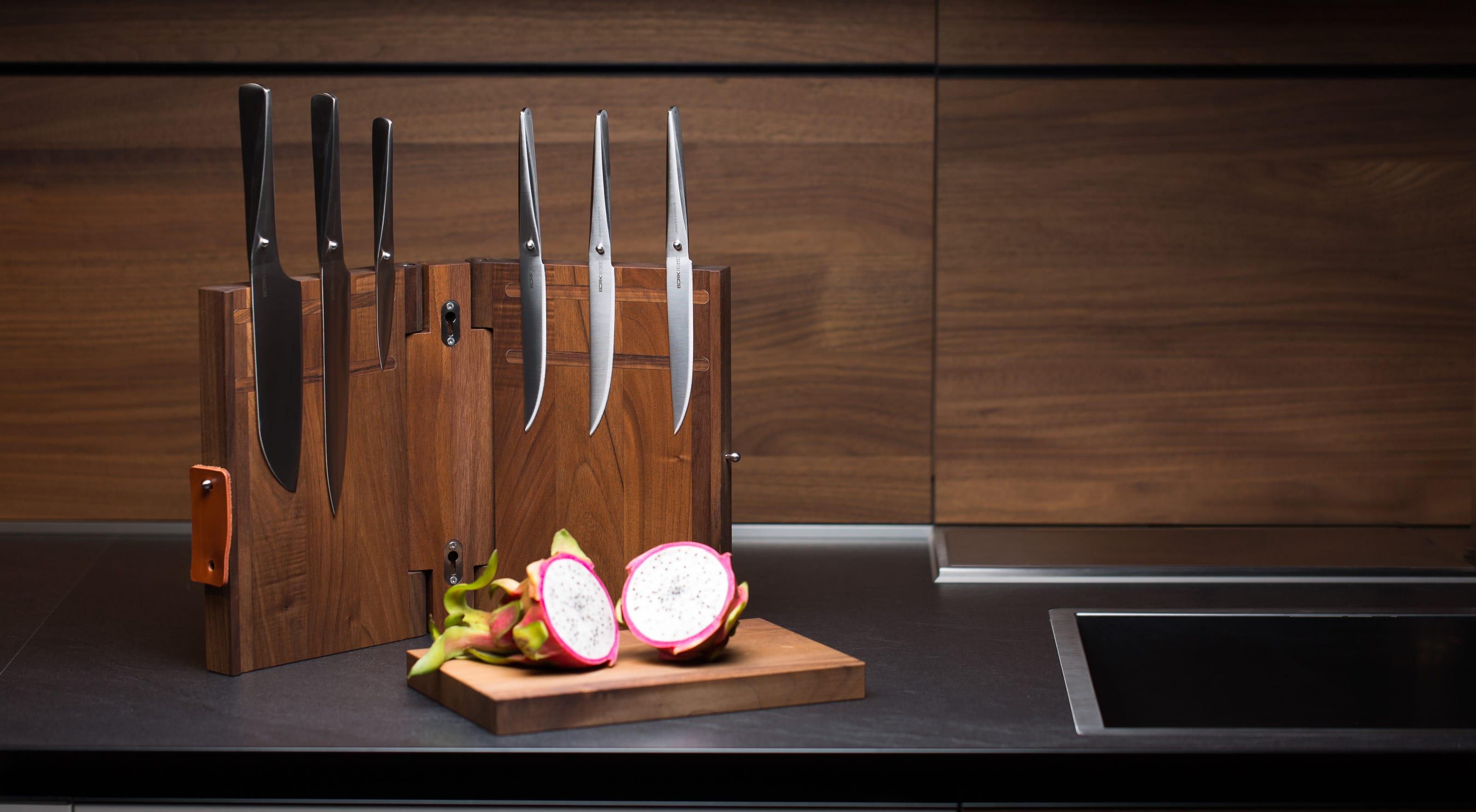 Подставка для ножей на кухне