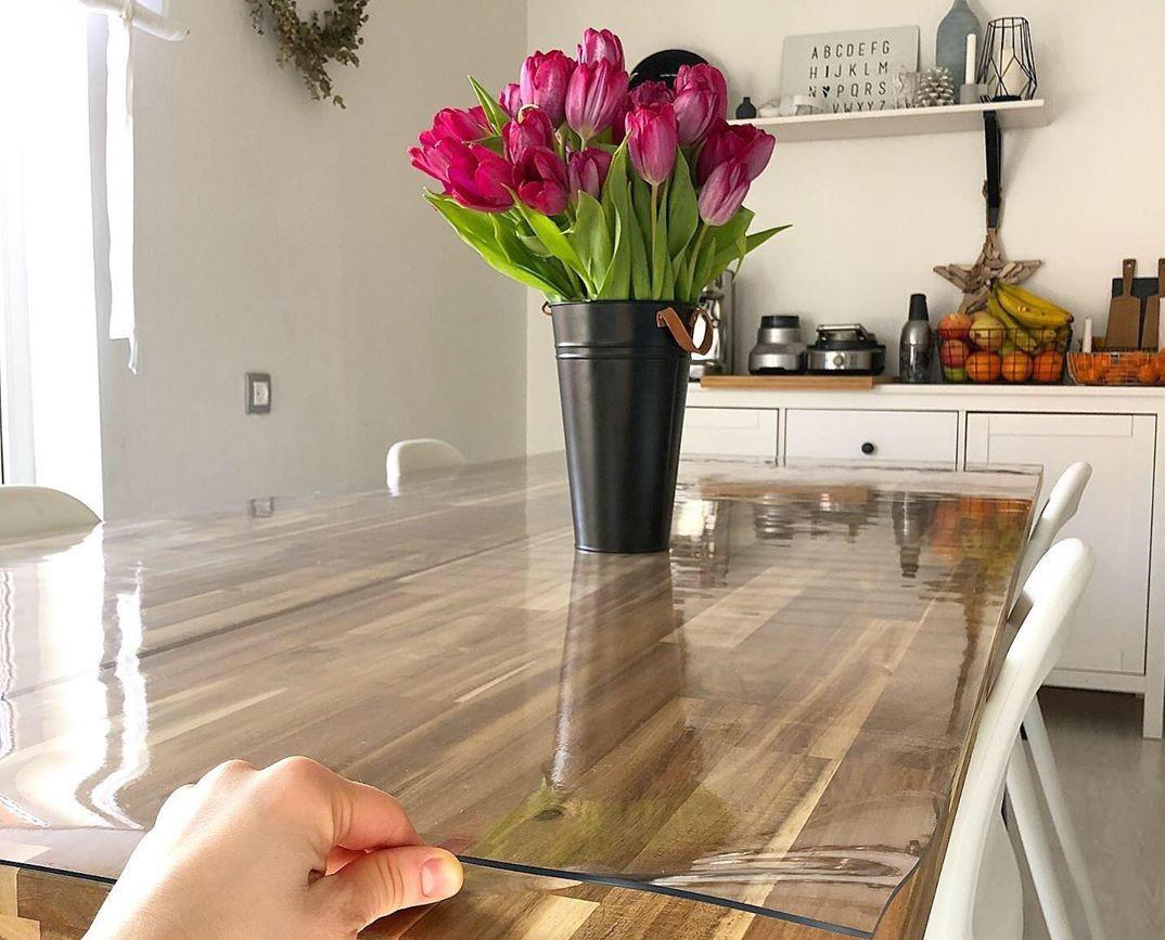 Скатерть на кухонном столе